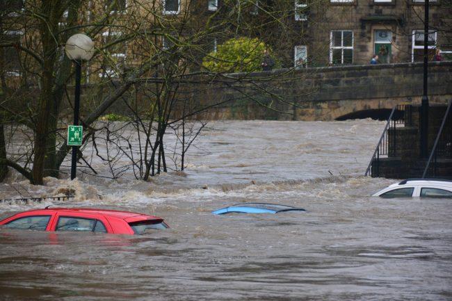 povoden flood zaplavy unsplash