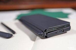 Samsung Galaxy Fold 3 03