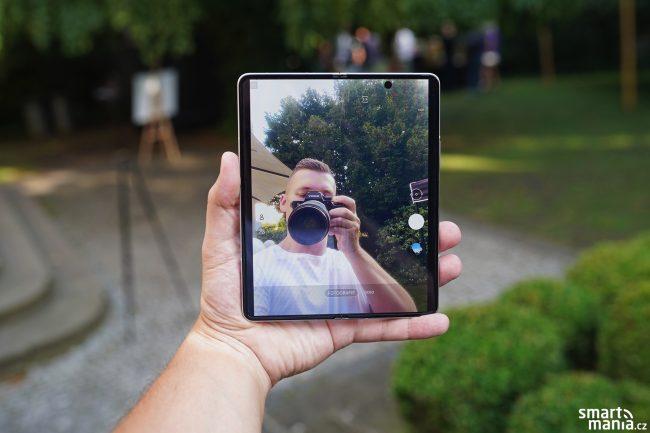 Samsung Galaxy Fold 3 09