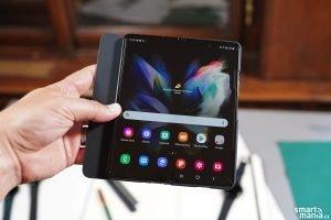 Samsung Galaxy Fold 3 19