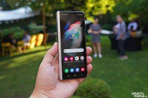 Samsung Galaxy Fold 3 22