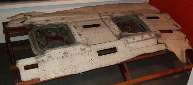 trosky de Havilland Comet Airliner G ALYP