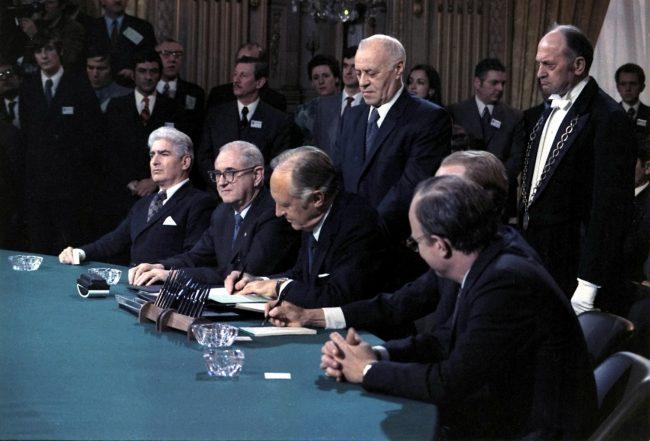 Vietnam peace agreement signing