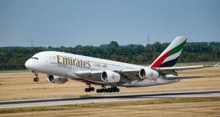 emirates letadlo plane boeing unsplash