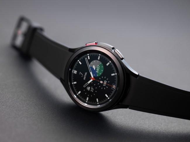 800 600 Samsung galaxywatch4classic black