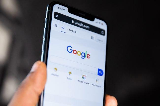 google apple ios iphone unsplash